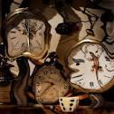 La distorsión del tiempo, explorando cuestiones tan filosóficamente interesantes y cómo nuestros relojes internos dictan nuestras vidas.